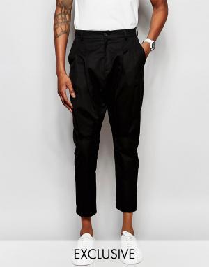Unplugged Museum Укороченные брюки со складками. Цвет: черный