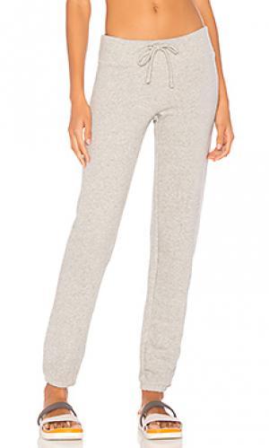 Повседневные спортивные брюки Beyond Yoga. Цвет: серый