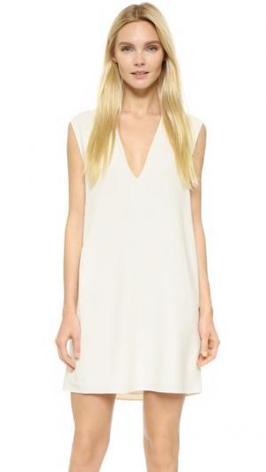 Платье без рукавов с глубоким V-образным вырезом Helmut Lang. Цвет: золотой