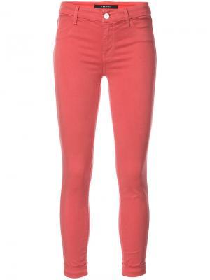 Укороченные джинсы кроя скинни J Brand. Цвет: красный