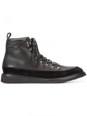 Походные ботинки Valas. Цвет: чёрный