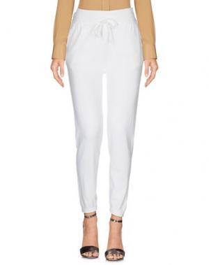 Повседневные брюки CROSSLEY. Цвет: белый