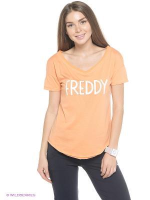 Футболка Freddy. Цвет: светло-оранжевый