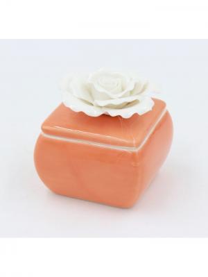 Шкатулка декоративная оранжевая с белой розой из фарфора для украшений, 6.3х6х6.2см. Magic Home. Цвет: оранжевый