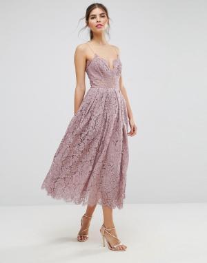 ASOS Кружевное платье миди для выпускного. Цвет: фиолетовый