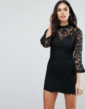 Jessica Wright Цельнокройное платье с высокой горловиной. Цвет: черный