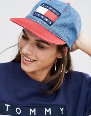 Tommy Jeans Джинсовая кепка в стиле 90‑х. Цвет: красный