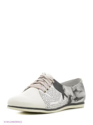 Ботинки KENKA. Цвет: белый, черный