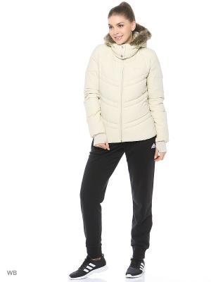 Куртка Adidas. Цвет: бежевый
