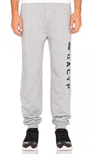 Свободные брюки technical Undefeated. Цвет: серый