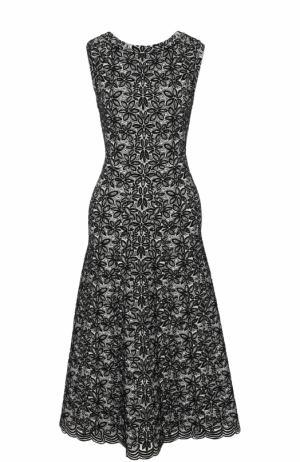 Приталенное платье-миди без рукавов Alaia. Цвет: черно-белый