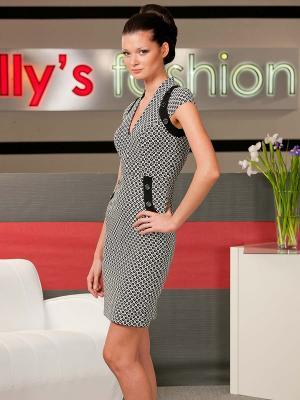 Платье Ally's. Цвет: черный, белый