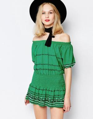 Piper Зеленое платье мини с открытыми плечами Butuan. Цвет: зеленый