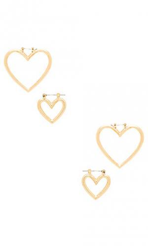 Набор серьг-колец the heart Luv AJ. Цвет: металлический золотой