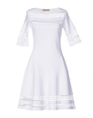 Короткое платье VICEDOMINI. Цвет: белый