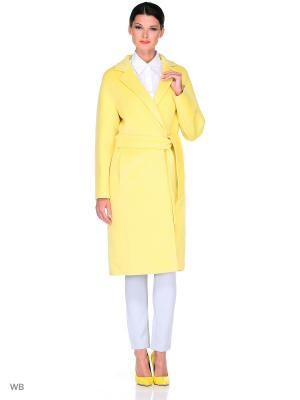 Пальто Exalta. Цвет: желтый