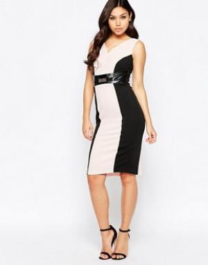 Amy Childs Платье-футляр с контрастными вставками Valentina. Цвет: розовый