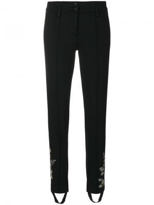 Спортивные брюки со штрипками и вышивкой Cambio. Цвет: чёрный
