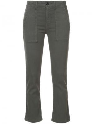 Укороченные брюки The Great. Цвет: зелёный