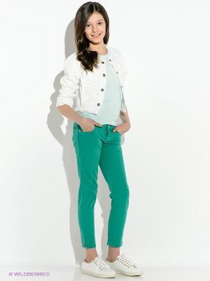 Джинсы GUESS. Цвет: зеленый