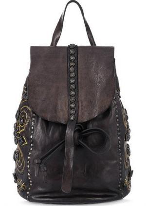 Кожаный рюкзак с декором и откидным клапаном Campomaggi. Цвет: черный