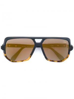 Солнцезащитные очки в двухцветной оправе Cazal. Цвет: чёрный