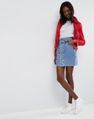ASOS Выбеленная синяя джинсовая юбка с пуговицами. Цвет: синий