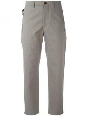 Высокие брюки чинос Golden Goose Deluxe Brand. Цвет: серый