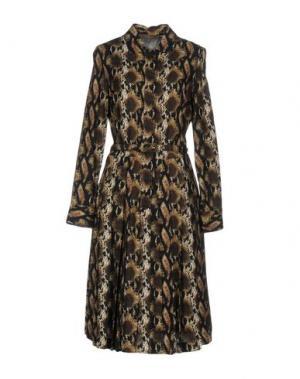 Платье до колена SPACE STYLE CONCEPT. Цвет: темно-коричневый