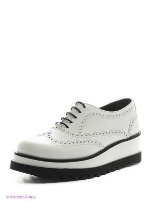 Туфли Gavary. Цвет: белый