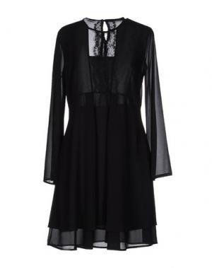 Короткое платье KAOS. Цвет: черный