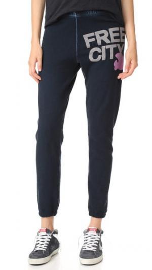 Спортивный брюки FREECITY. Цвет: магический лиловый