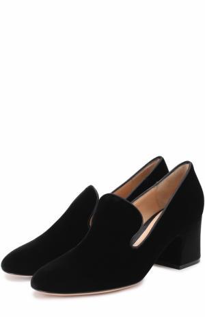 Бархатные туфли на устойчивом каблуке Gianvito Rossi. Цвет: черный