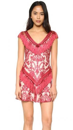 Платье Antonella Alexis. Цвет: бордовый