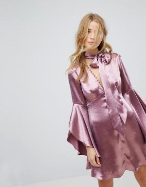 Honey Punch Атласное чайное платье на пуговицах с длинными рукавами и завязкой Hon. Цвет: фиолетовый