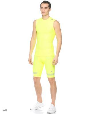 Футболка спортивная Adidas. Цвет: салатовый