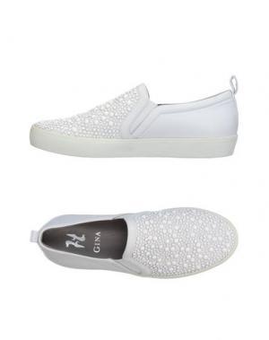 Низкие кеды и кроссовки GINA. Цвет: белый