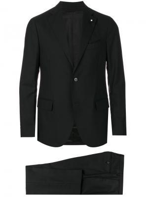 Классический костюм-двойка Lardini. Цвет: чёрный