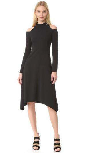 Платье с открытыми плечами Edition10. Цвет: голубой