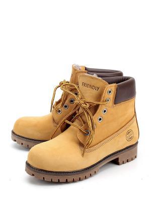 Ботинки Friendly. Цвет: желтый
