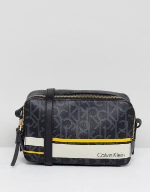 Calvin Klein Монохромная сумка. Цвет: черный