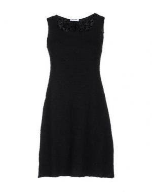 Короткое платье BASE. Цвет: черный
