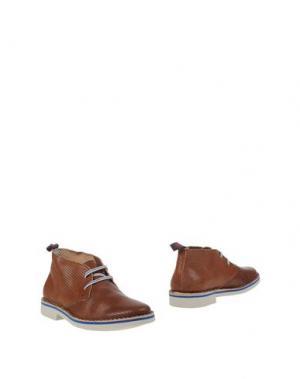 Полусапоги и высокие ботинки WALLY WALKER. Цвет: коричневый