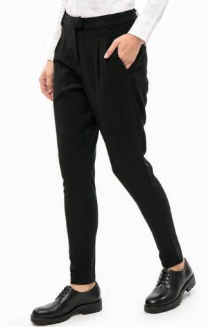 Зауженные черные брюки с эластичными вставками LERROS. Цвет: черный