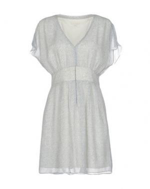 Короткое платье INTROPIA. Цвет: светло-серый