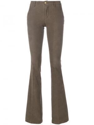 Вельветовые брюки клеш Pt01. Цвет: коричневый