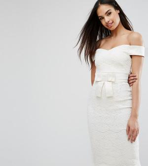 Vesper Кружевное платье-футляр с открытыми плечами и атласным бантом. Цвет: кремовый