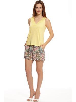 Комплект с шортами RELAX MODE. Цвет: светло-зеленый