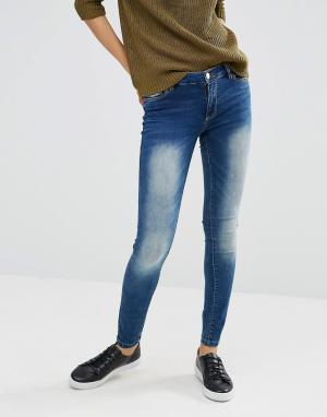 JDY Выбеленные джинсы скинни. Цвет: синий