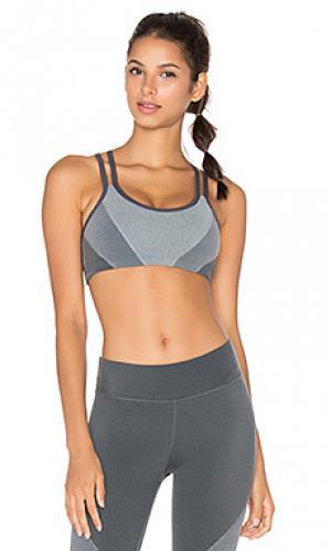Спортивный бюстгальтер plush Beyond Yoga. Цвет: серый